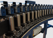 Prototypische Anlage zur kontinuierlichen Preform-Herstellung mit variabler Steghöhe - Automated jig  for producing prototypical preforms with variable web height
